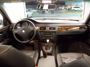 BMW 325xi 014